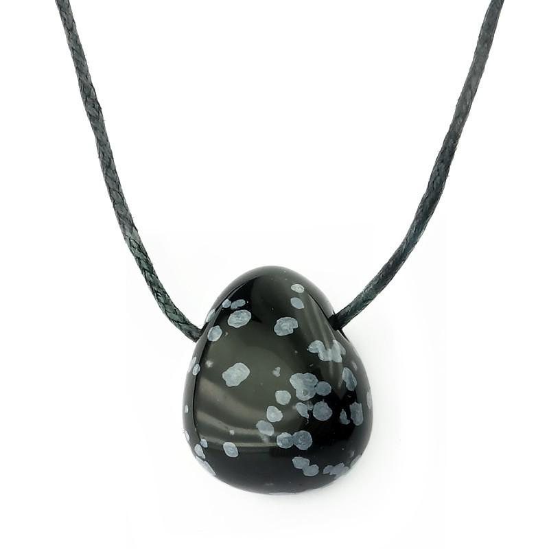 Obsidienne neige, Pierre percée sur cordon