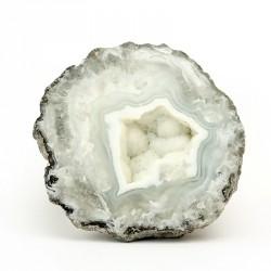 L' agate est une pierre d'ancrage et de chance. Cette pierre aide a surmonter les contraintes