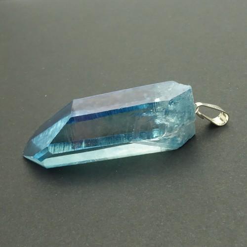 Aqua aura, cristal