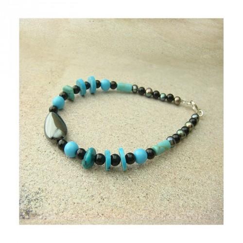 Bracelet turquoise, onyx, hématite et biwa