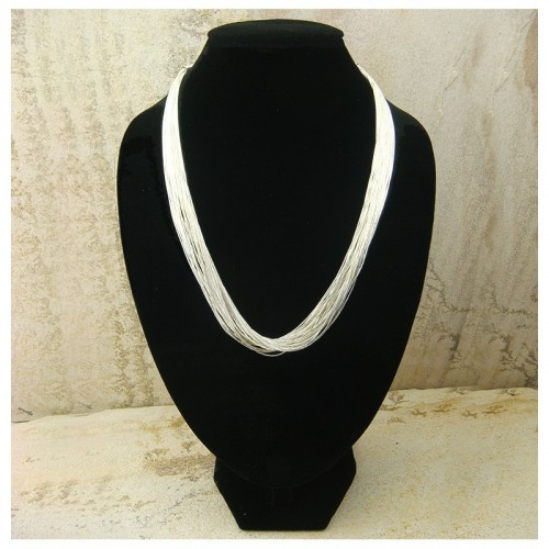 "Collier ""liquid silver"" 30 rangs"
