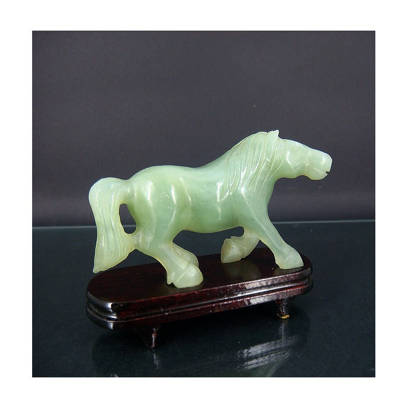 Cheval en jade (grand modèle)