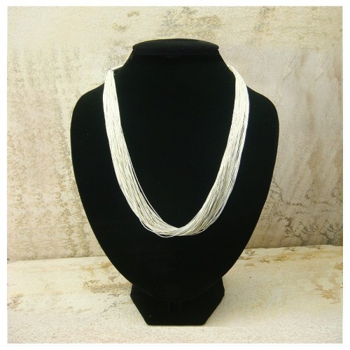 "Collier ""liquid silver"" 50 rangs"