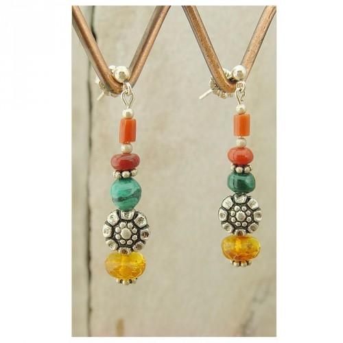 Boucles d'oreilles en ambre, malachite et corail
